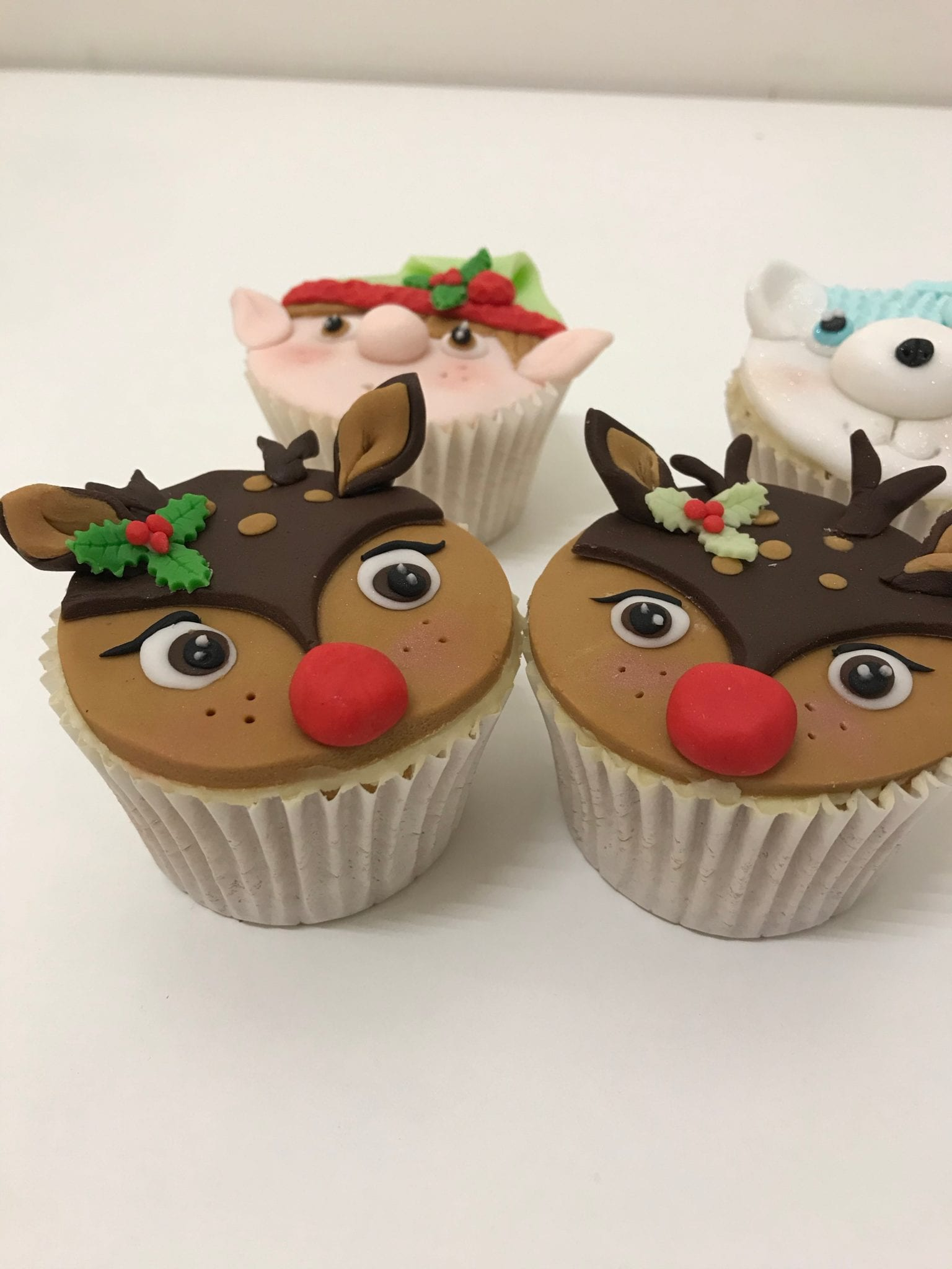 Read more about the article Christmas Cupcakes postponed