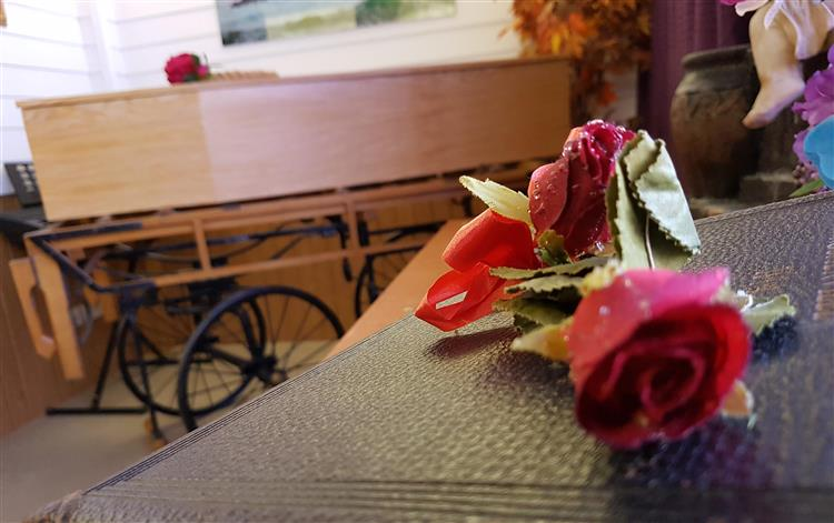 Low cost funerals during Christmas in Medway and Kent with T. Allen Funeral Service