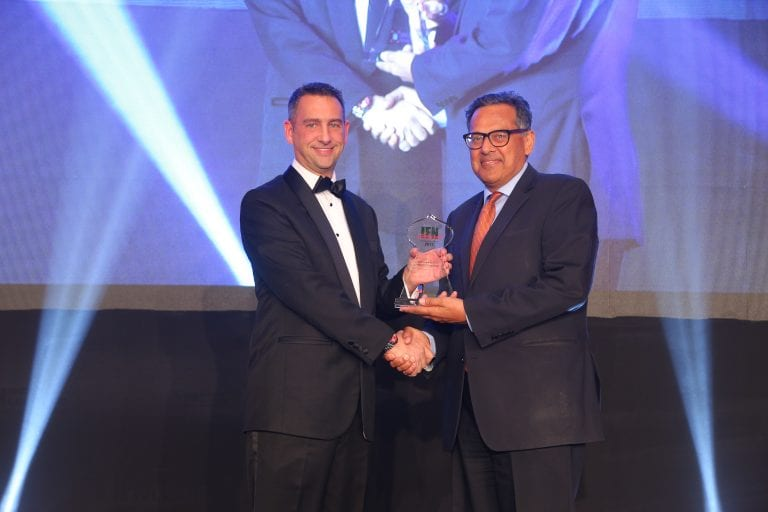 """DDCAP Group accepts the award for """"Best Interbroker 2017"""" at the IFN Awards Dinner"""