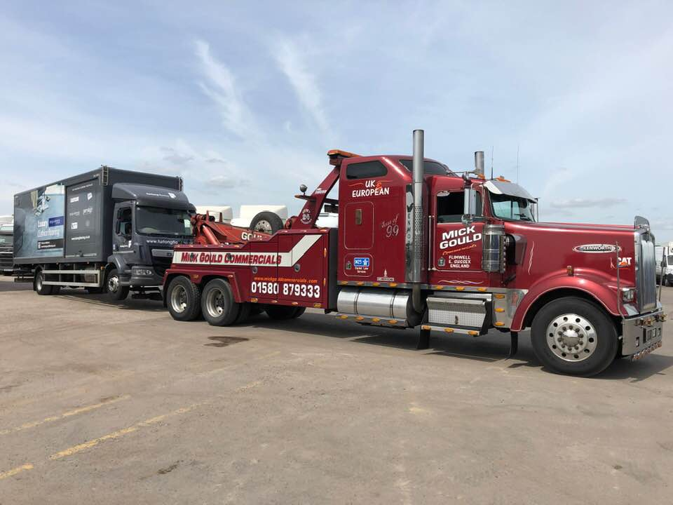 mick gould commercials kenworth w900